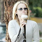 reese witherspoon coffee01