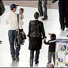 brad angelina airport26