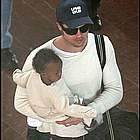 brad angelina airport37