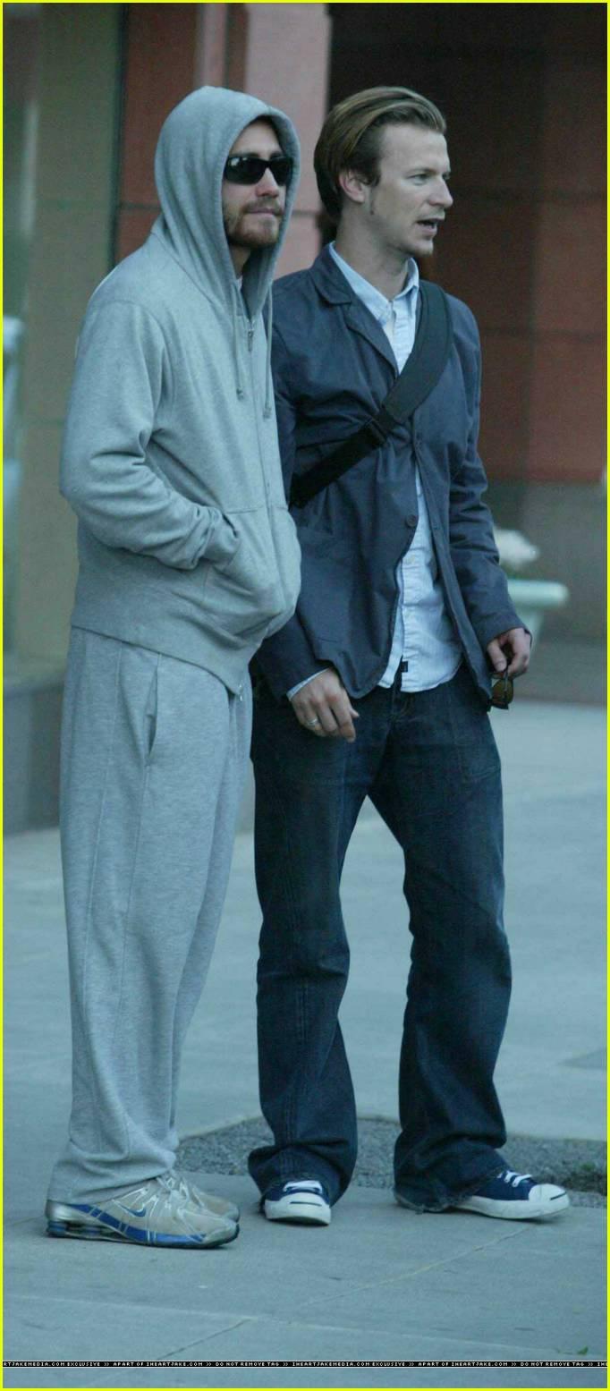Jake Gyllenhaal In A H... Jake Gyllenhaal