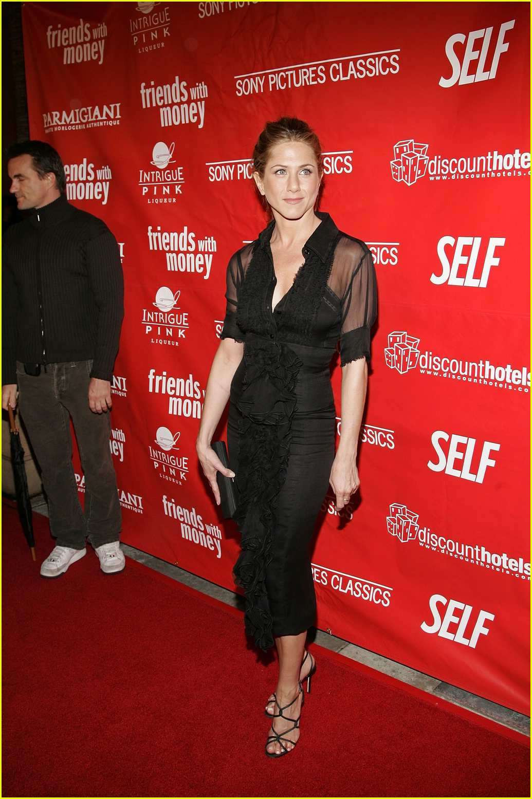 jennifer aniston friends with money03
