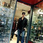 brad pitt shopping05
