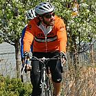 jake gyllenhaal riding bicycle05