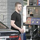 justin timberlake pumping gas05