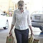 reese witherspoon grocery shopping02