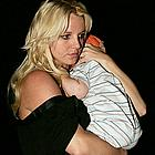 britney spears carrying sean preston05