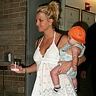 britney spears crying14