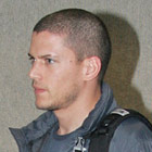 wentworth miller airport02