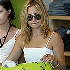 kate hudson sunglasses02