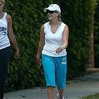 reese witherspoon jogging04
