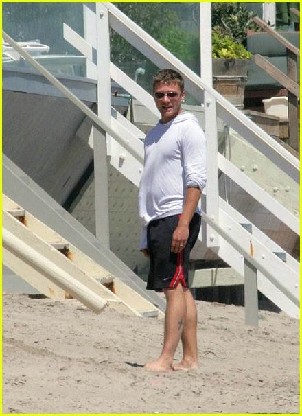 Ryan Phillippe's Family on Beach Ryan Phillippe
