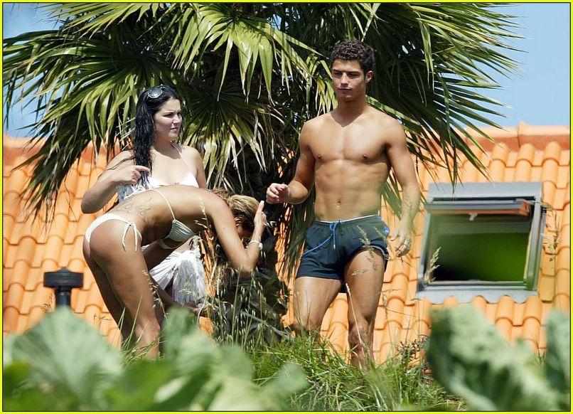 cristiano ronaldo shirtless06
