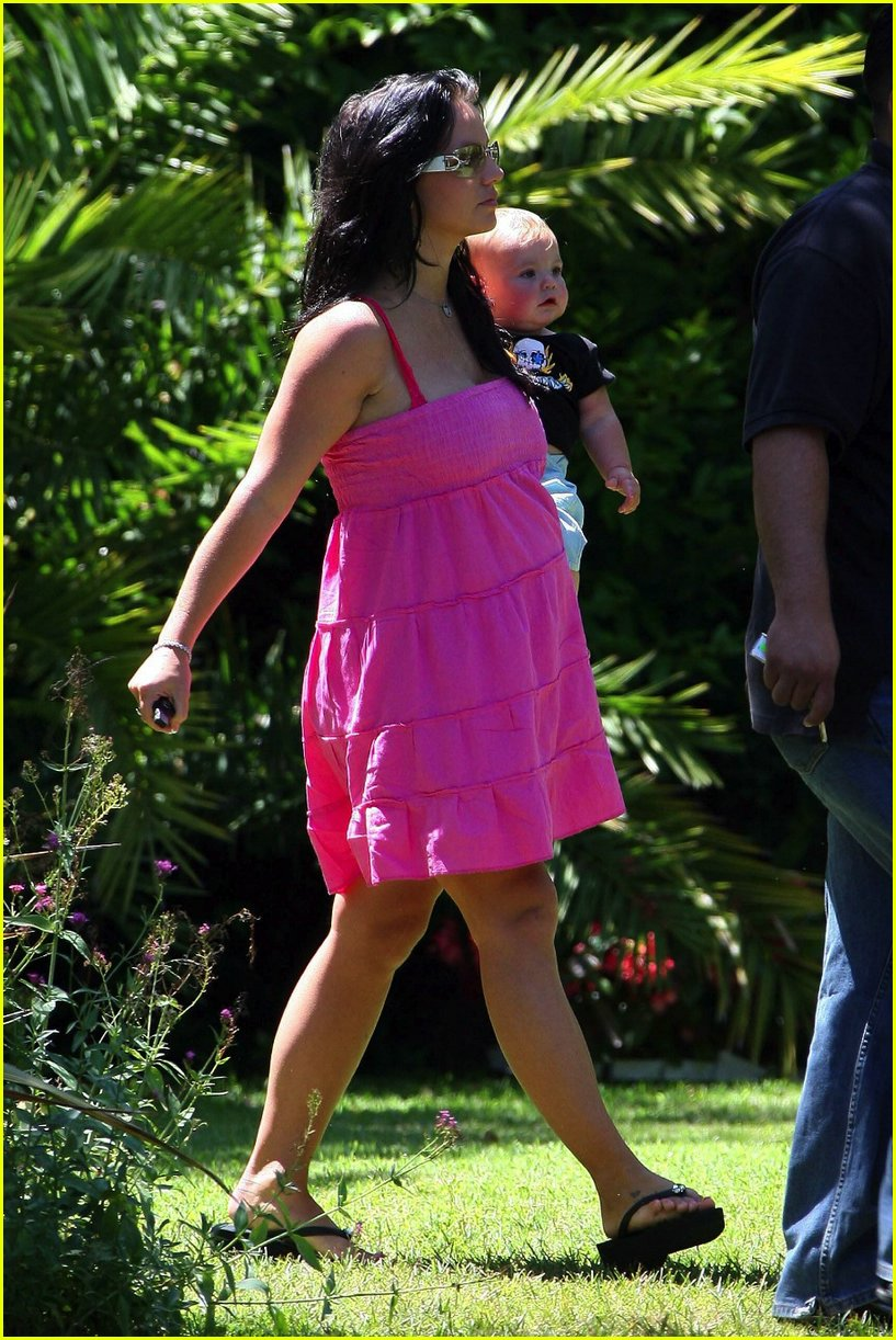 black hair britney spears 07