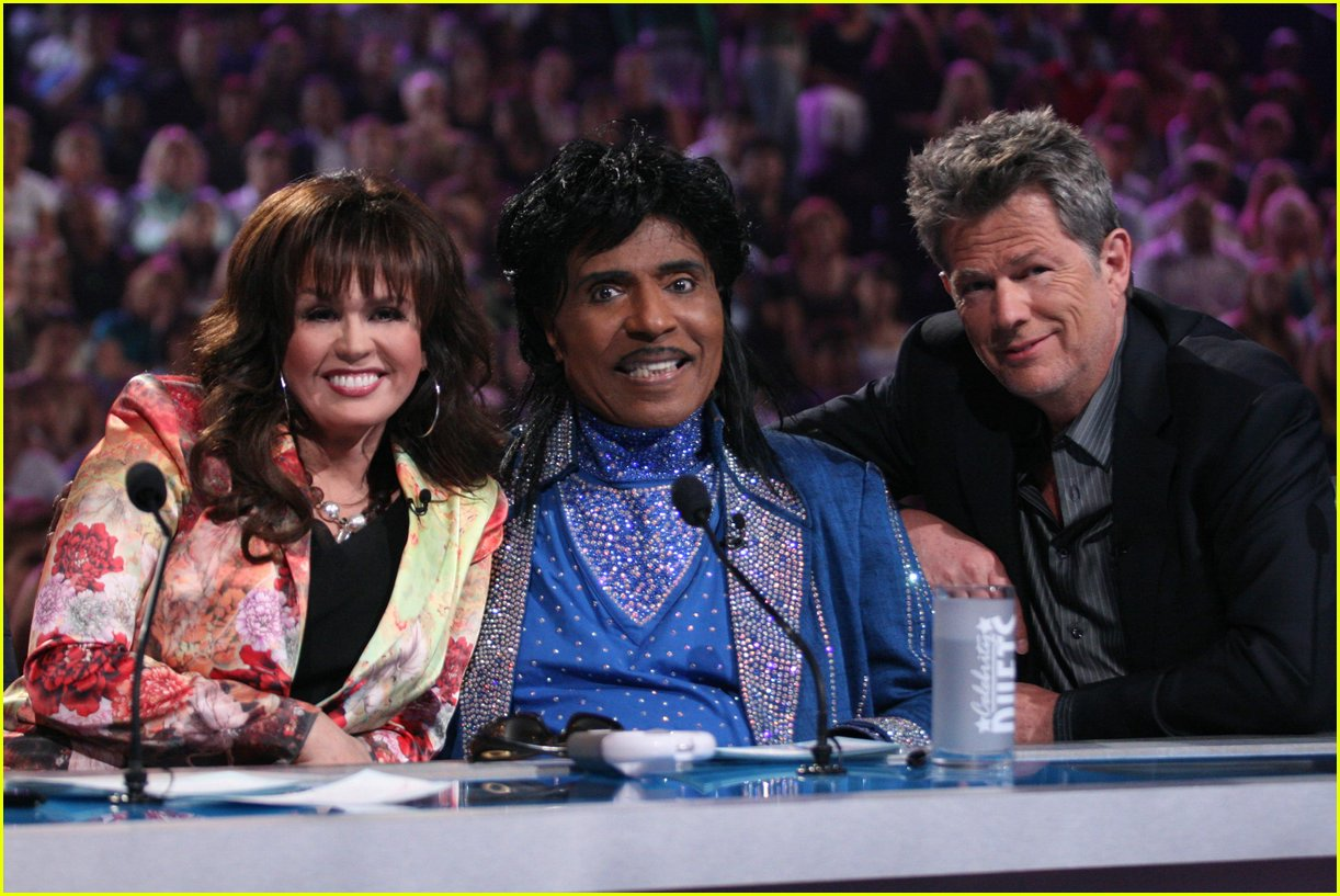 lucy lawless celebrity duets 02
