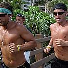 matt lance jogging 01