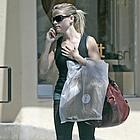 reese witherspoon shopping 06