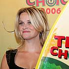 reese witherspoon shopping 14