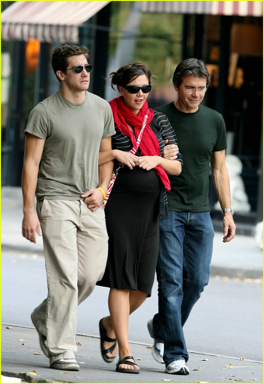 Full Sized Photo of gyllenhaal family walk 01 | Photo ...