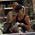 reese witherspoon equinox gym 03