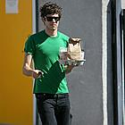 adam brody middle finger 03