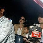 brad angelina auto rickshaw 02