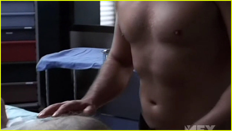 nip tuck gay 35. Julian McMahon (Dr. Christian Troy) and Dylan Walsh (Dr. ...