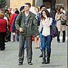 http://cdn03.cdn.justjared.comhayden-christensen-rachel-bilson-holding-hands-02.jpg