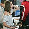 cameron diaz drew barrymore airport 10