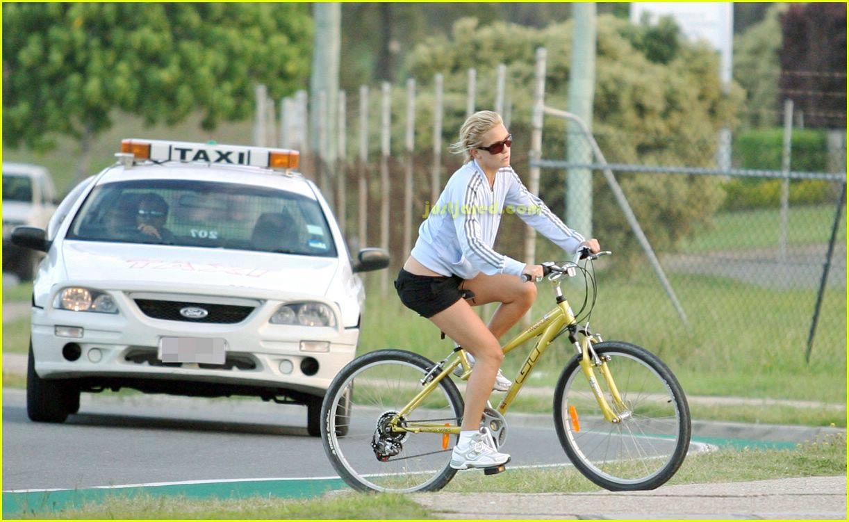 kate hudson owen wilson bike riding 08
