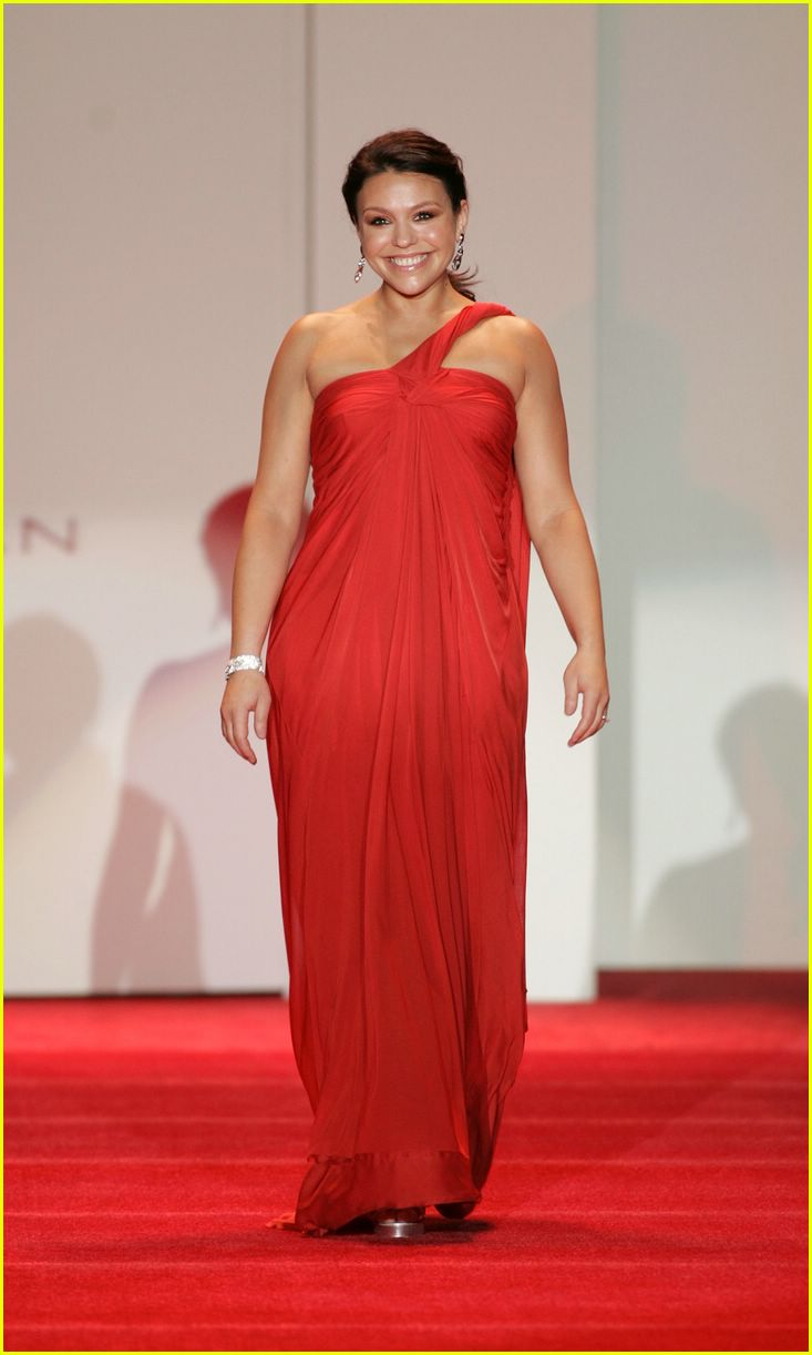 red dress 2007 182419614