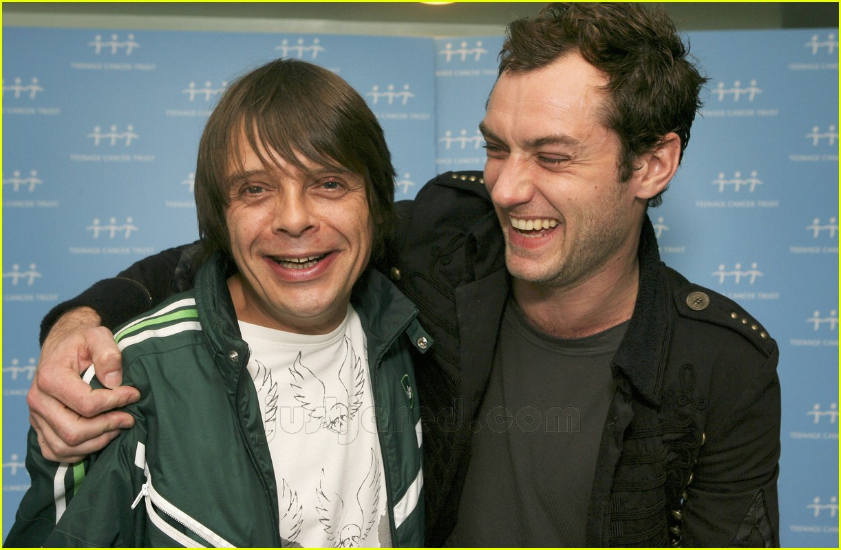 jude law teenage cancer trust 06