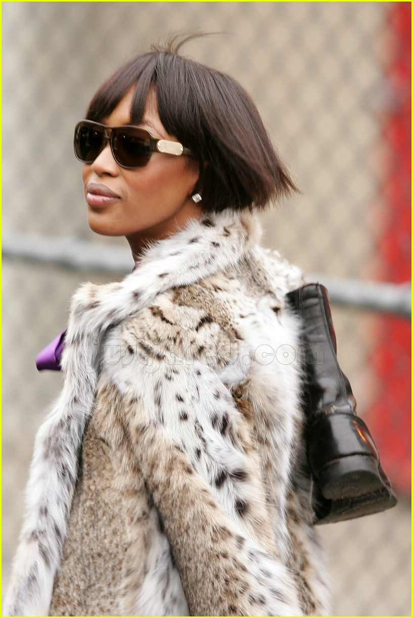 naomi campbell fur coat 072414606