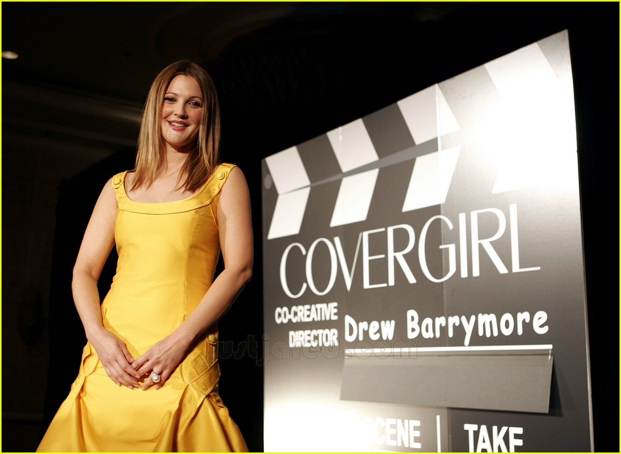 drew barrymore covergirl 12100591