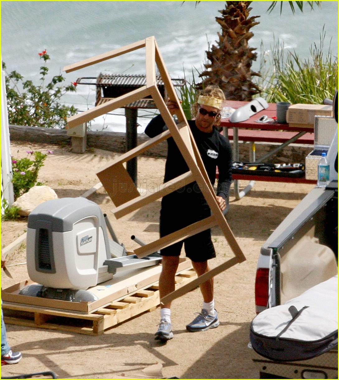 matthew mcconaughey elliptical exercise machine 02