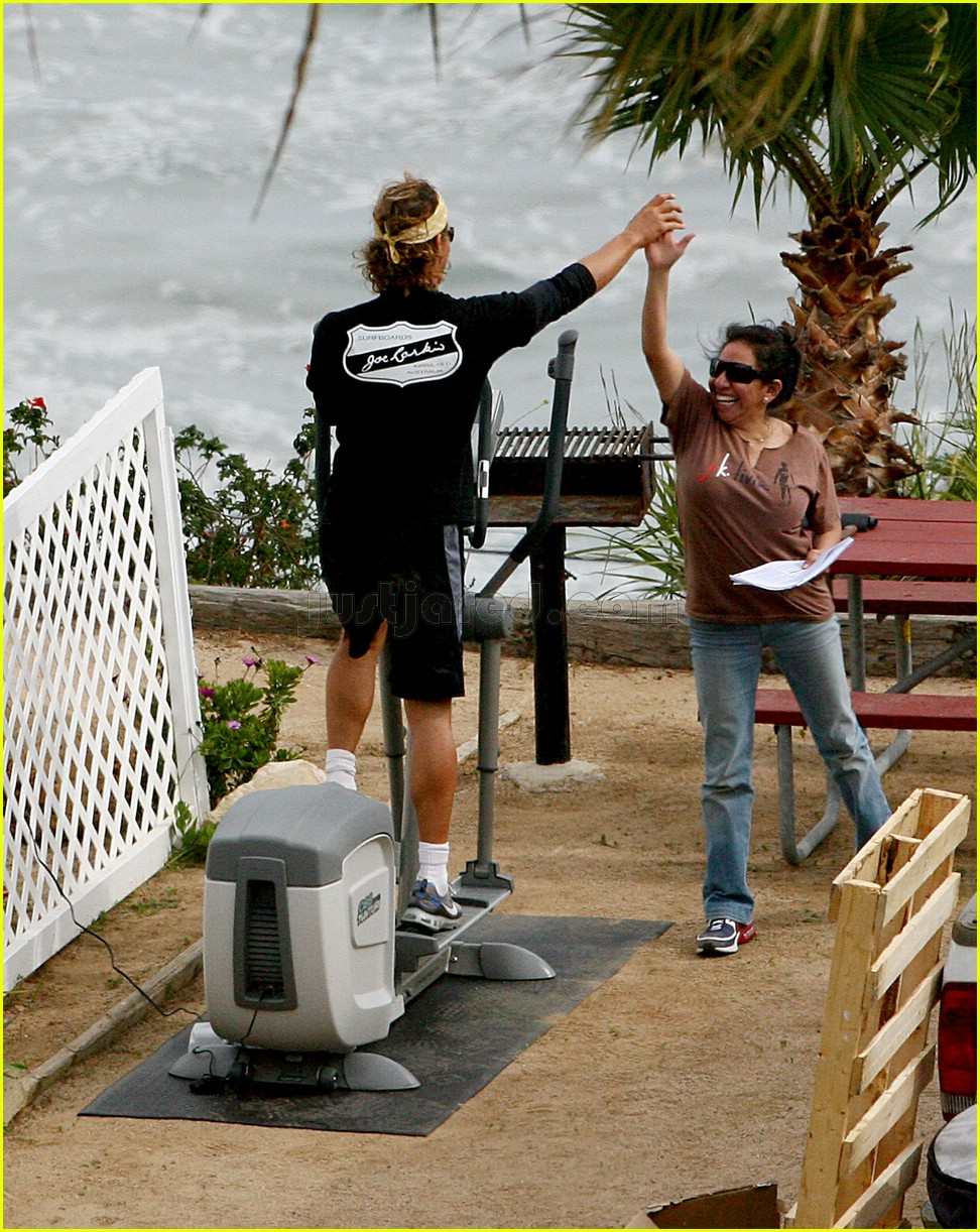 matthew mcconaughey elliptical exercise machine 09