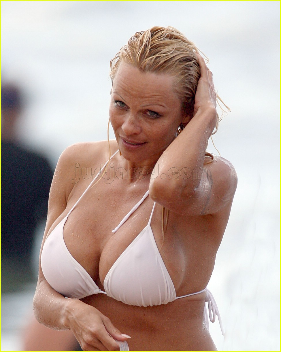 pamela anderson no make up 01
