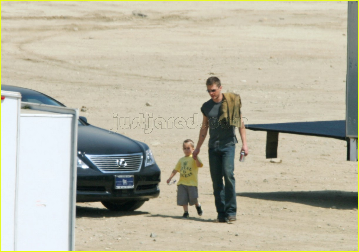 deacon phillippe ryan phillippe desert 04115281