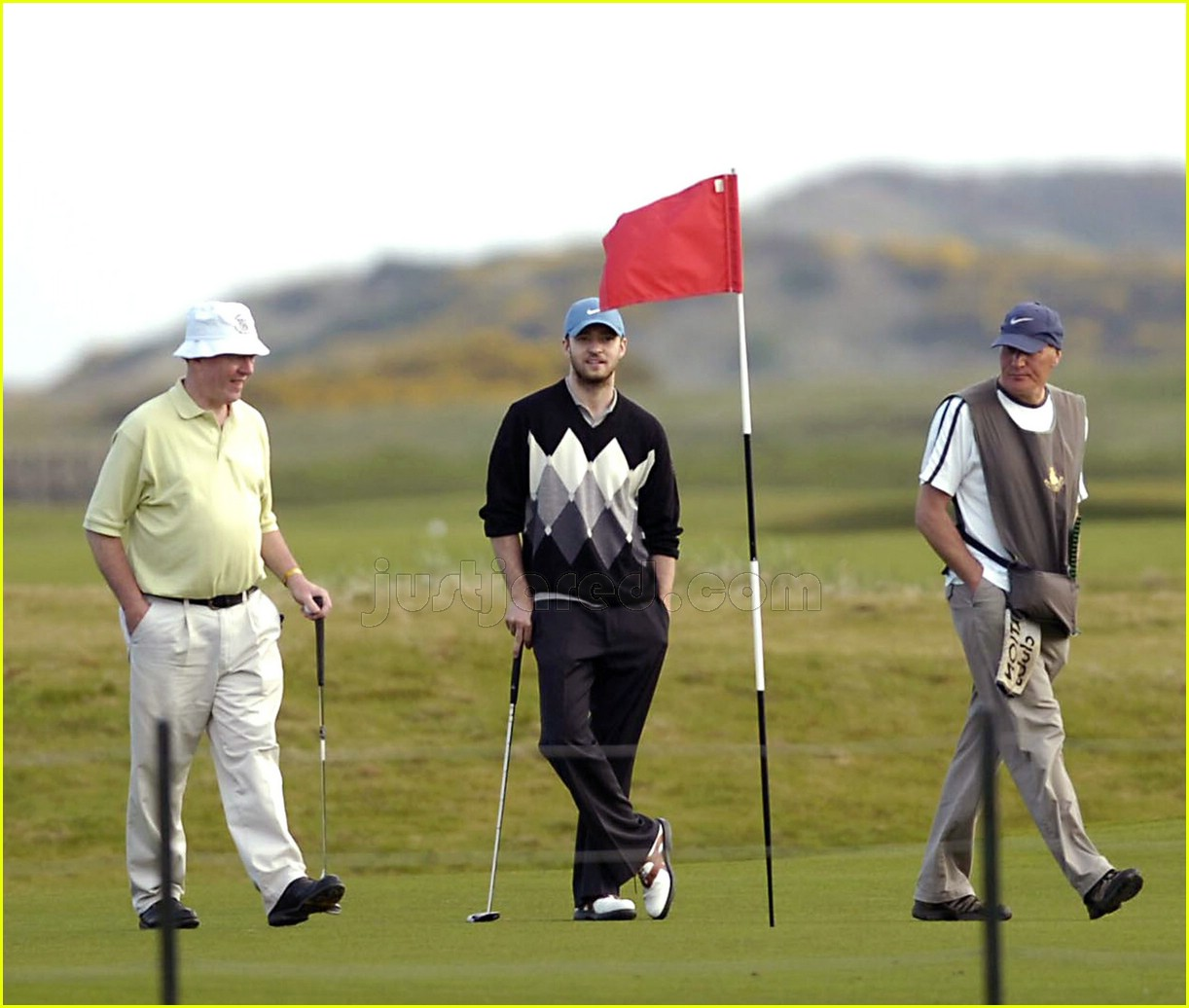 Golpearon A Justin Timberlake En Un Torneo De Golf additionally Video Dad Convinces Justin Timberlake Hold Baby Steph Curry Tony Romo furthermore Mr Clean Super Bowl Ad together with Watch Justin Timberlakes Epic Oscars Opening Performance in addition Alexander Kronlund Intervju. on justin timberlake golf 2017