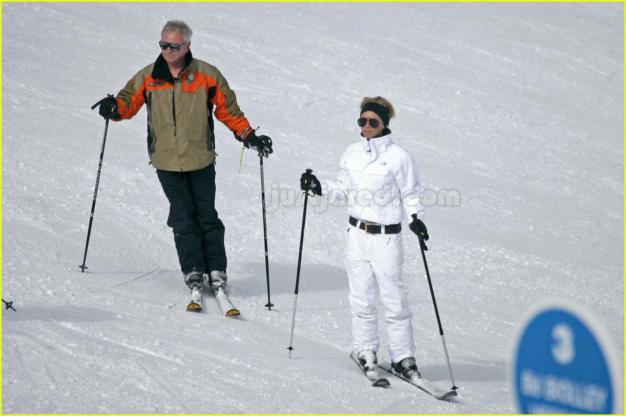 victoria beckham skiing 04