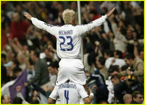 [Image: david-beckham-real-madrid-sevilla-21.jpg]