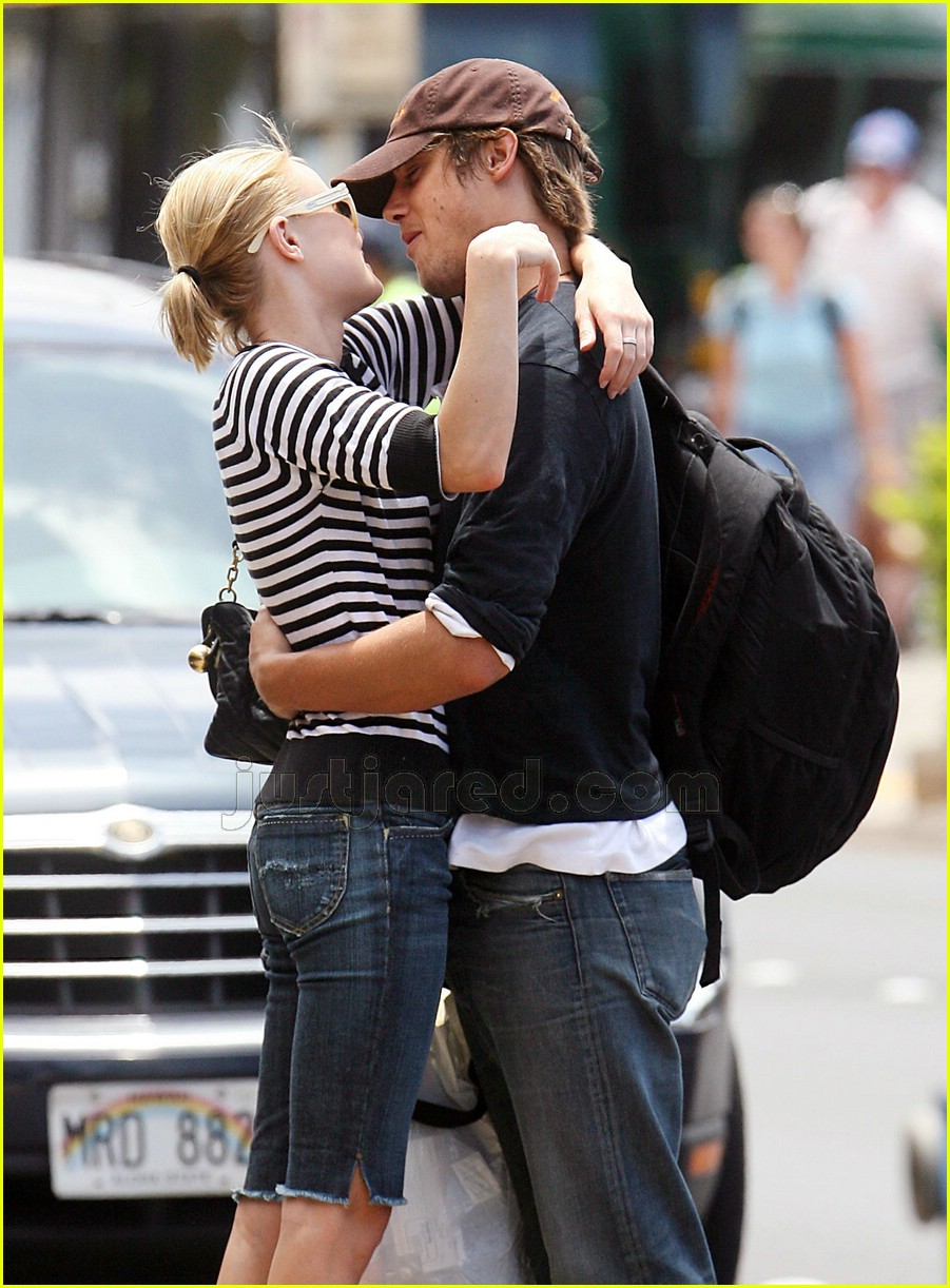 james rousseau kate bosworth kissing 08