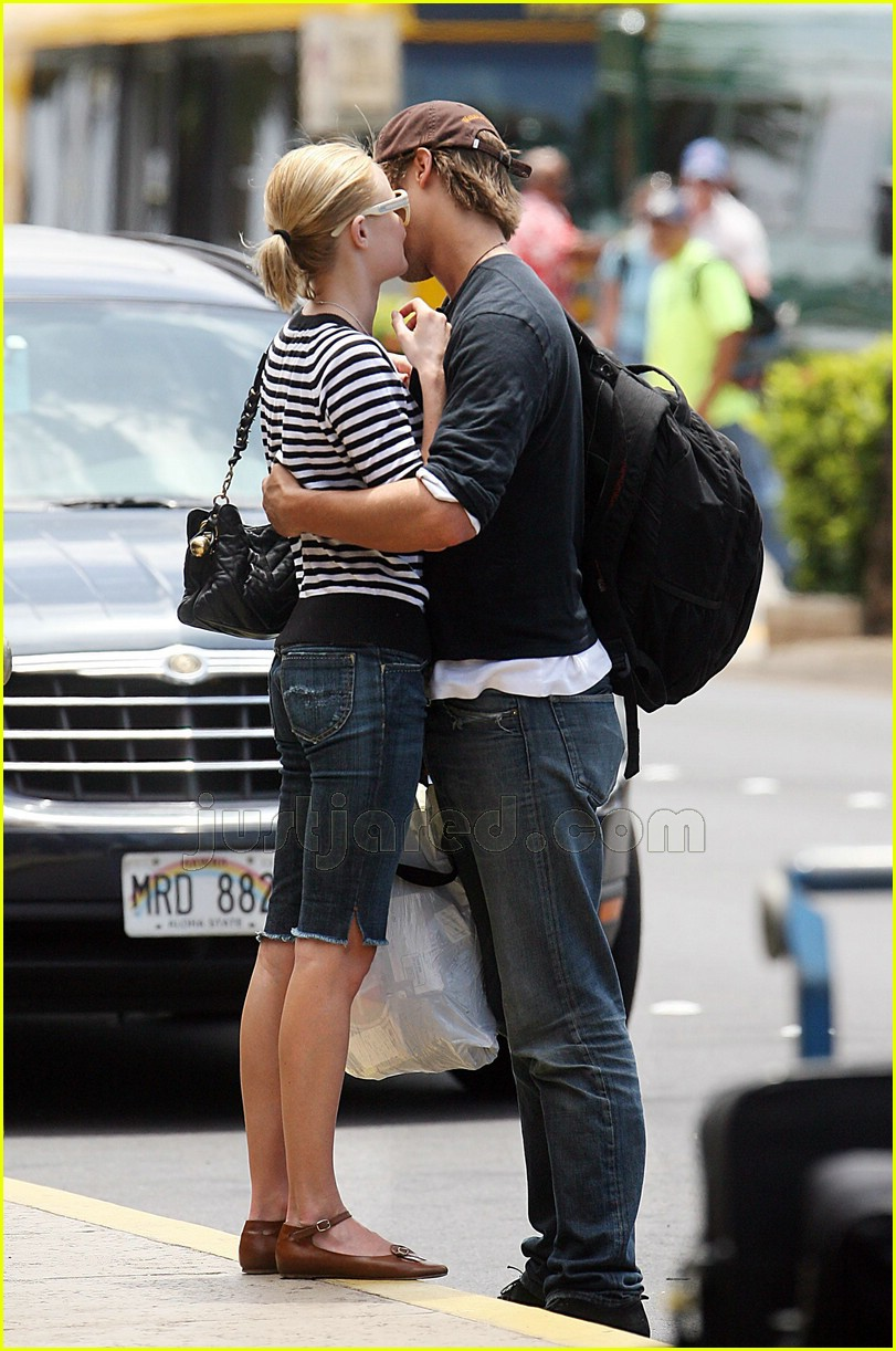 james rousseau kate bosworth kissing 09