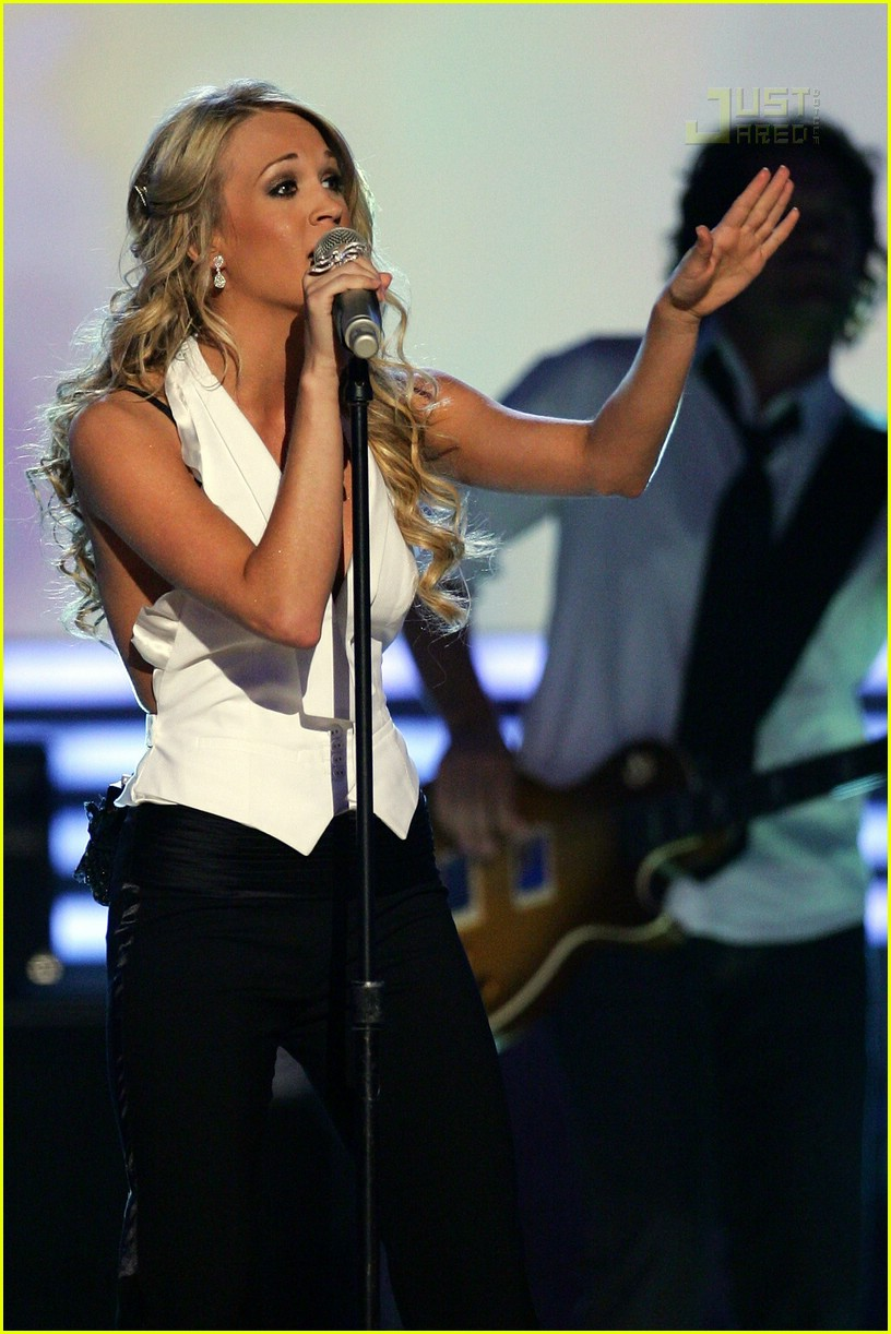 Carrie underwood wins album of the year photo 166561 for Academy of country music award for video of the year