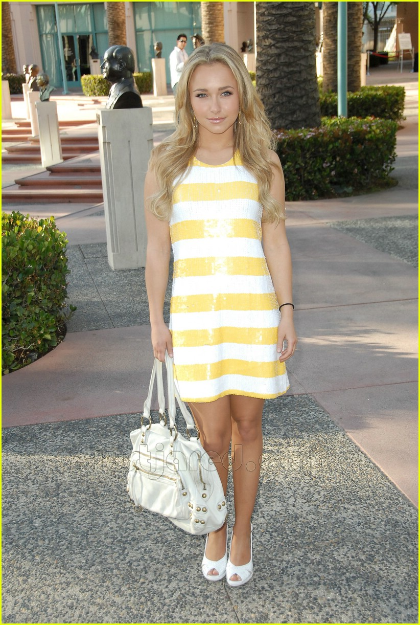 hayden panettiere alice olivia dress 03