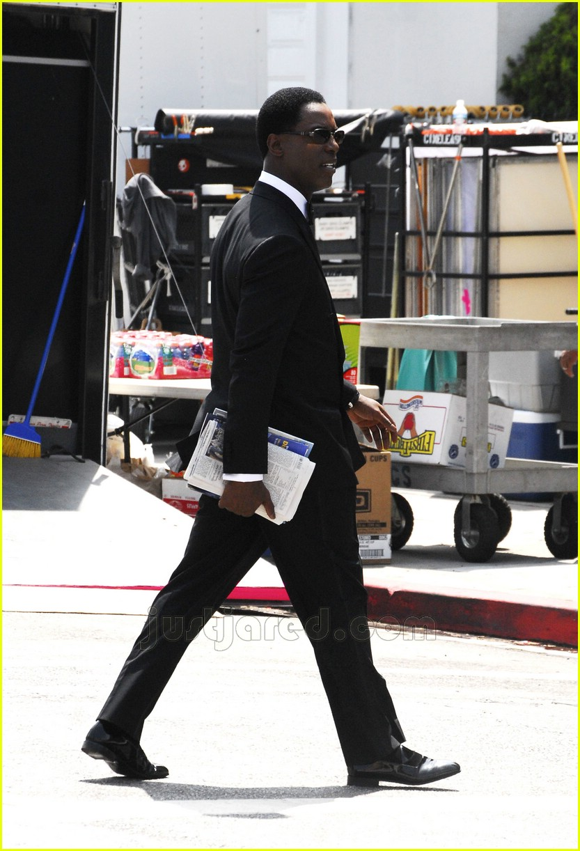 isaiah washington greys anatomy set 03