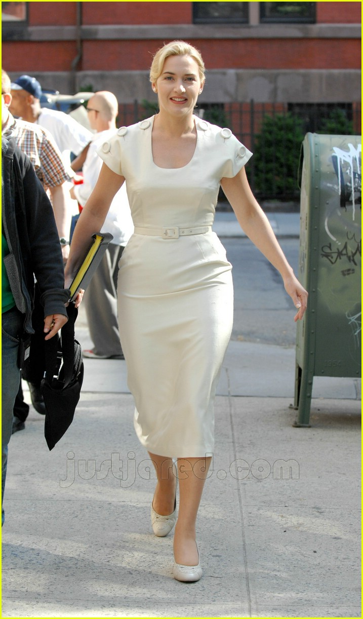 Full Sized Photo of revolutionary road movie kate winslet ... Kate Winslet And Leonardo Dicaprio