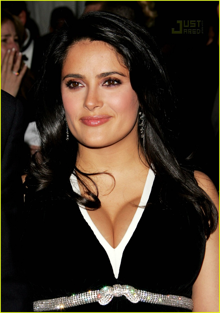 salma hayek costume institute 2007 02