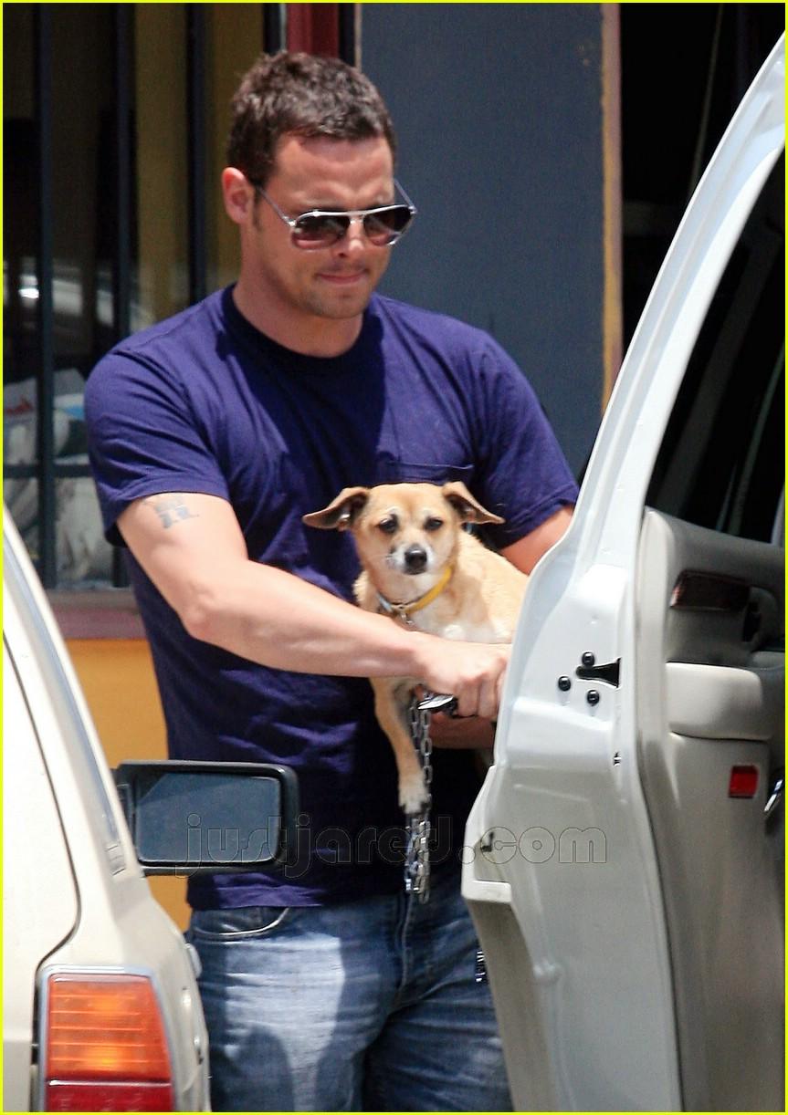 justin chambers buys dog 22