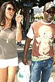 djimon hounsou wearing russell simmons clothing brand 04