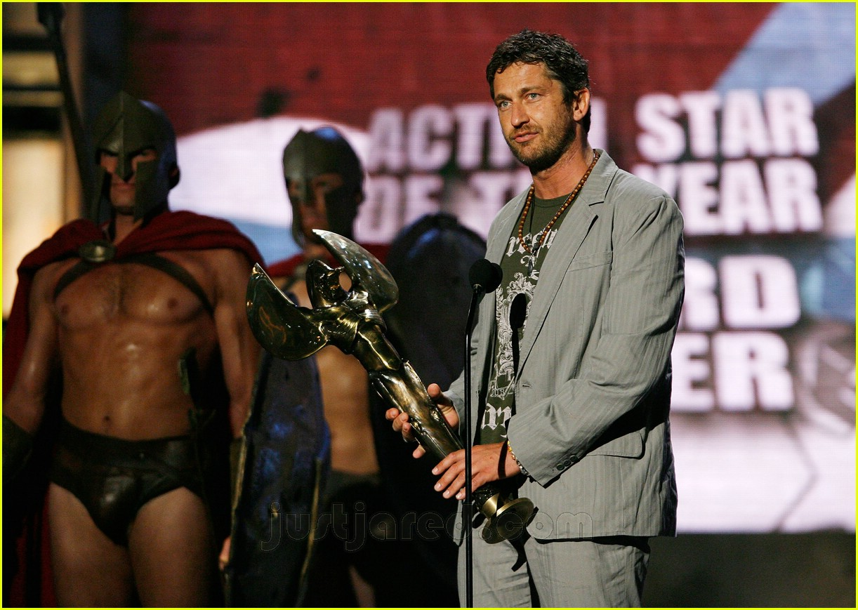 gerard butler world stunt awards 05